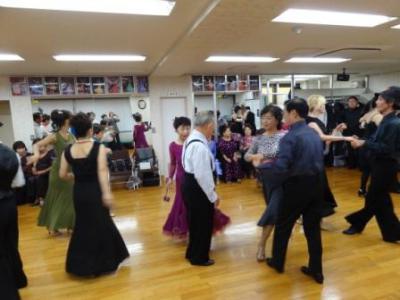 新年ダンスパーティー情報について