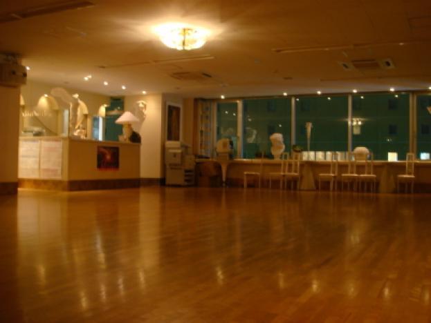 ワシミダンススクール ➡サークル:ダンス・ダンス・ダンスのイメージ