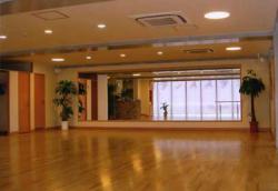 久泉ダンススタジオ外観