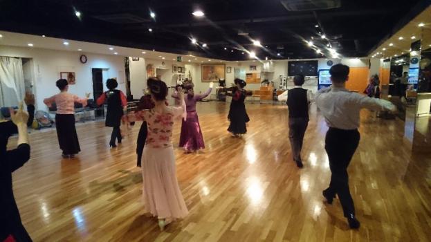 社交ダンスサークル初心者・初中級者レッスン|東京メモリーのイメージ